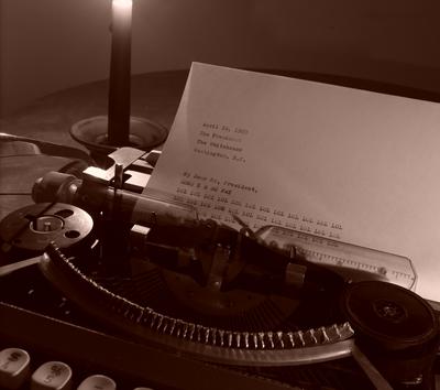 Typewriter_spitecho