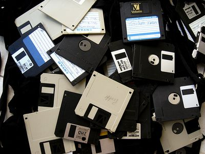 Oh Messy Data by Blude (via Flickr)