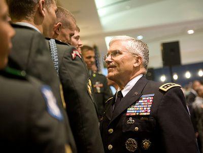Gen. Casey greets 2009 Best Warrior competitors (via Flickr)